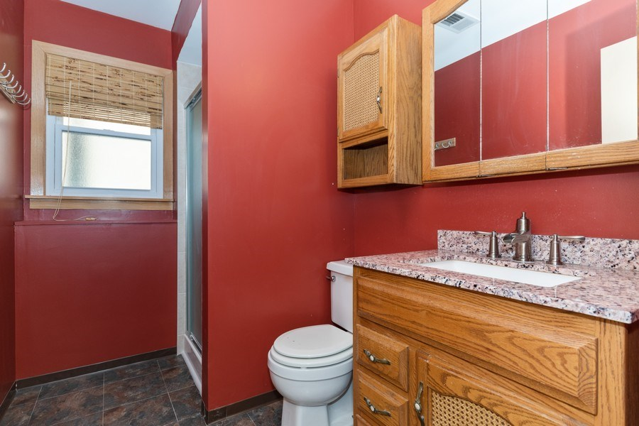 Real Estate Photography - 1410 S. Robert Drive, Mount Prospect, IL, 60056 - 3rd Bathroom