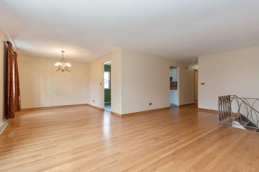 Real Estate Photography - 1410 S. Robert Drive, Mount Prospect, IL, 60056 - Living Room / Dining Room