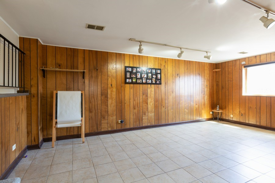 Real Estate Photography - 2123NorthHaig ct, palatine, IL, 60074 - Family Room