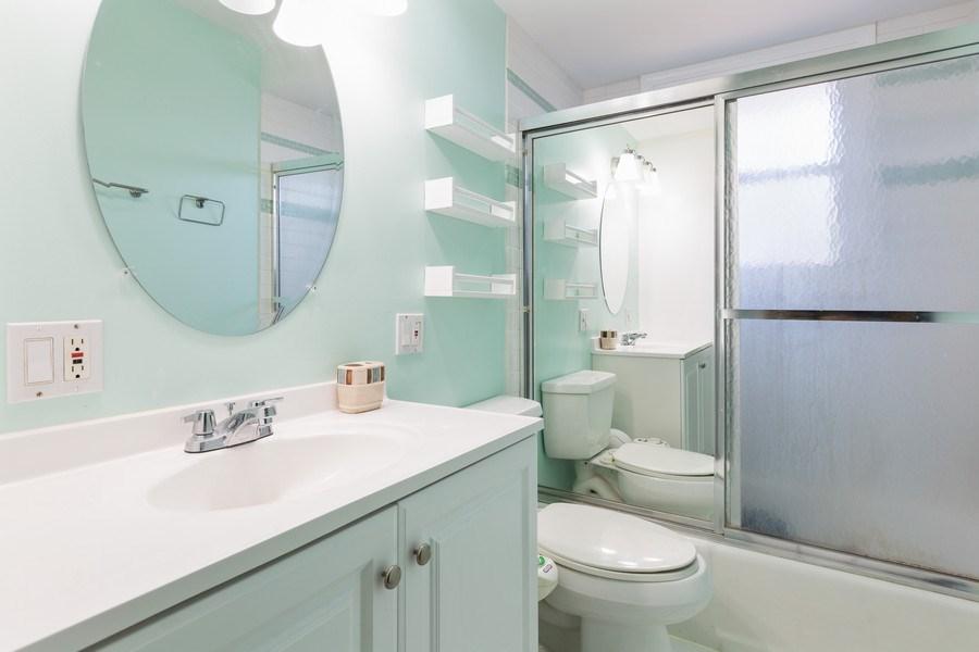 Real Estate Photography - 2123NorthHaig ct, palatine, IL, 60074 - Bathroom