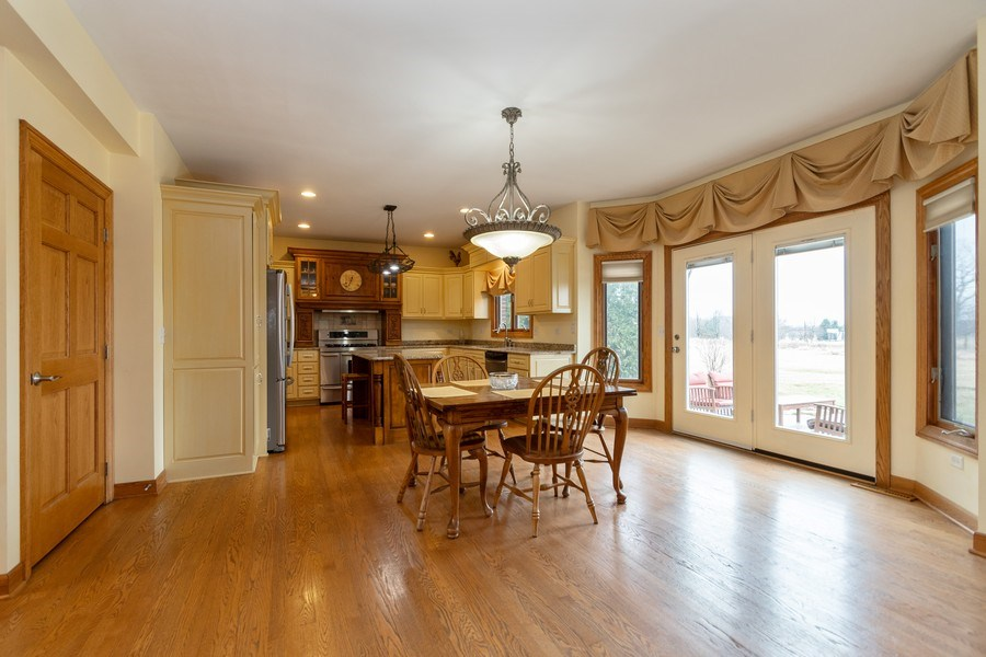 Real Estate Photography - 24410 S. Pine Ridge Drive, Monee, IL, 60449 - Kitchen / Breakfast Room