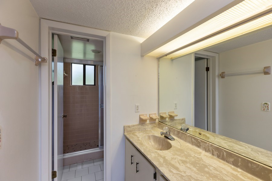 Real Estate Photography - 31 Oxford Lane, Palm Coast, FL, 32137 - Master Bathroom