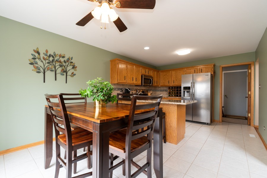 Real Estate Photography - 19444 Tramore Lane, Mokena, IL, 60448 - Breakfast Area