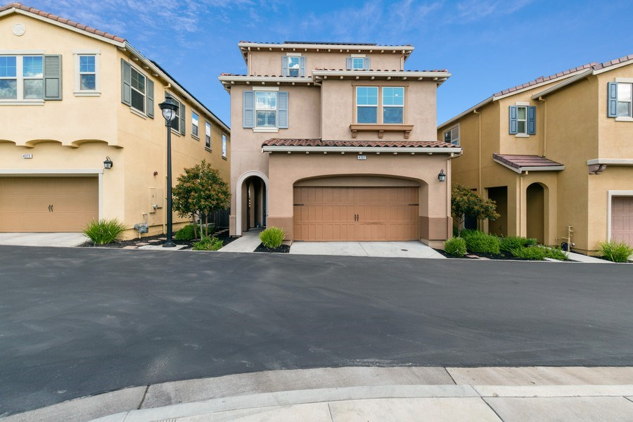 Real Estate Photography - 4367 Cherico Ln, Dublin, CA, 94568 - Front View