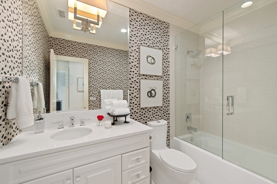 Real Estate Photography - 1590 Woodland Ave, Winter Park, FL, 32789 - Bath 2