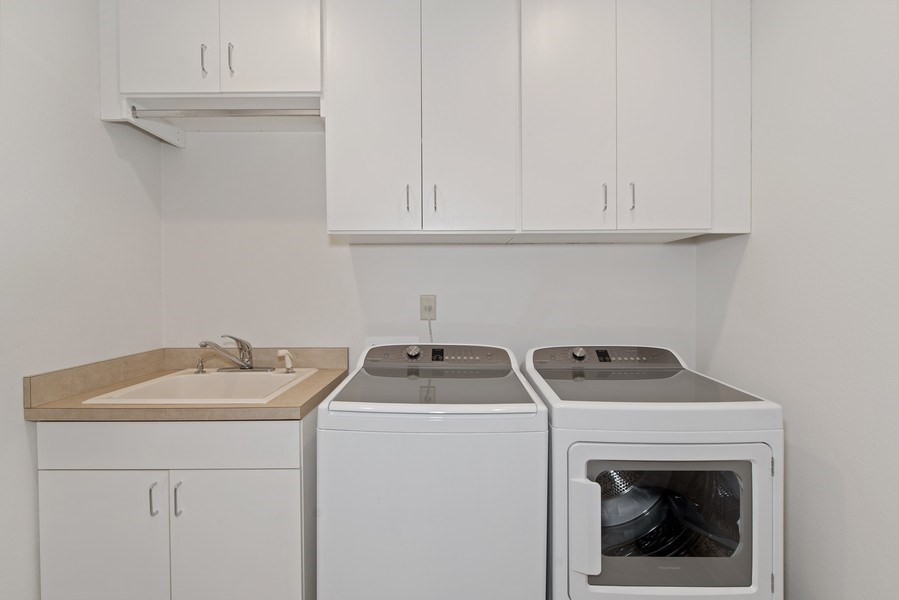Real Estate Photography - 1590 Woodland Ave, Winter Park, FL, 32789 - Laundry Room