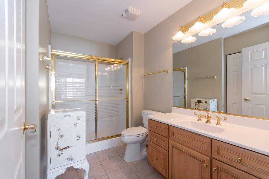 Real Estate Photography - 143 Hunt Club, St Charles, IL, 60174 - Master Bathroom