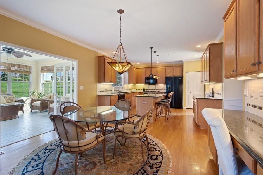 Real Estate Photography - 28308 W Savannah Trl, Lake Barrington, IL, 60010 - Kitchen