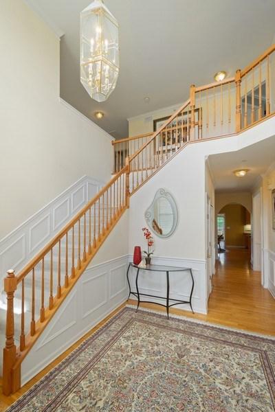 Real Estate Photography - 28308 W Savannah Trl, Lake Barrington, IL, 60010 - Foyer