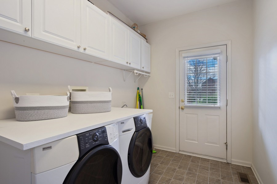 Real Estate Photography - 28308 W Savannah Trl, Lake Barrington, IL, 60010 - Laundry Room