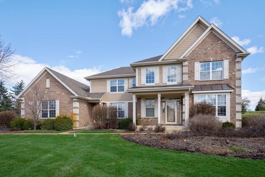 Real Estate Photography - 28308 W Savannah Trl, Lake Barrington, IL, 60010 - Front View
