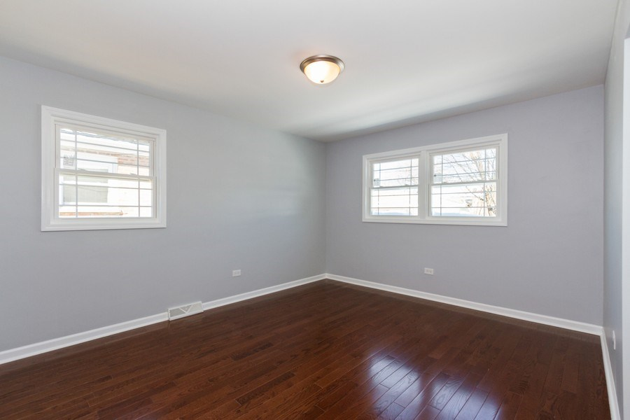 Real Estate Photography - 1038 W 109th St, Chicago, IL, 60643 - 2nd Bedroom