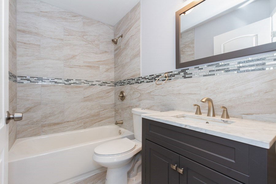 Real Estate Photography - 1038 W 109th St, Chicago, IL, 60643 - Bathroom