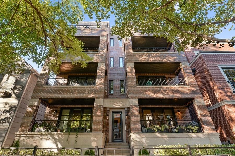Real Estate Photography - 722 W. Aldine #4W, Chicago, IL, 60657 - Front View