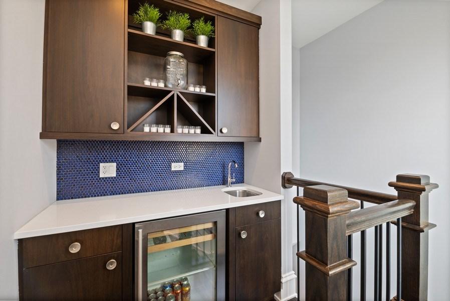 Real Estate Photography - 722 W. Aldine #4W, Chicago, IL, 60657 - Bar