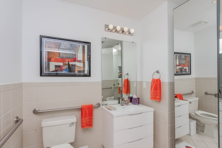 Real Estate Photography - 701 S. Olive Avenue, Unit 119, West Palm Beach, FL, 33401 - 2nd Bathroom
