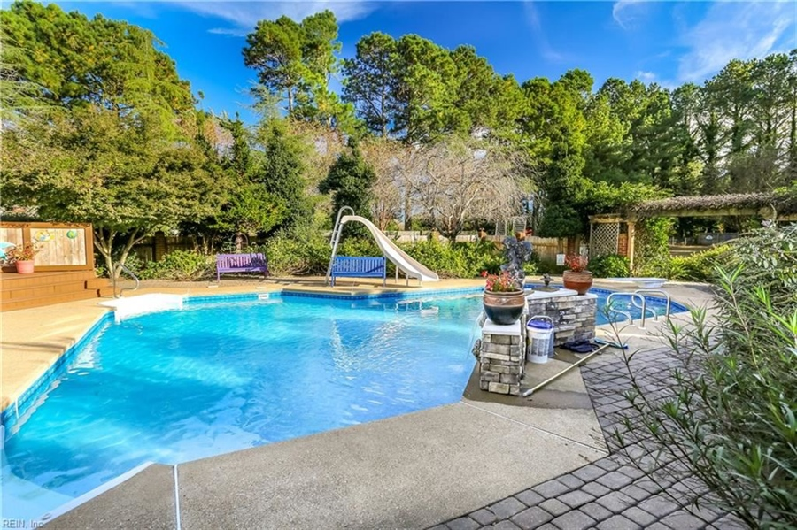 Real Estate Photography - 5732 Aura Dr, Virginia Beach, VA, 23457 - Location 4
