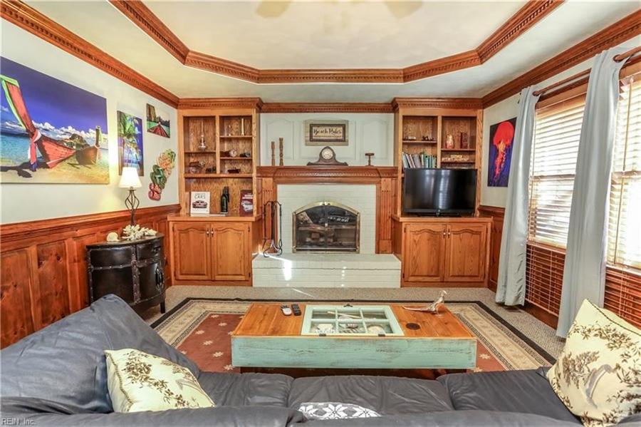 Real Estate Photography - 5732 Aura Dr, Virginia Beach, VA, 23457 - Location 21