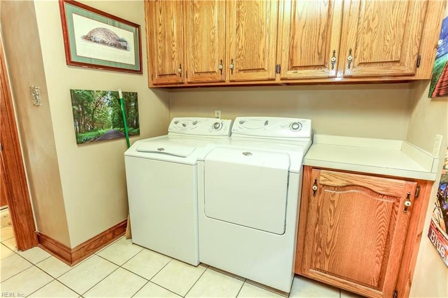 Real Estate Photography - 5732 Aura Dr, Virginia Beach, VA, 23457 - Location 23