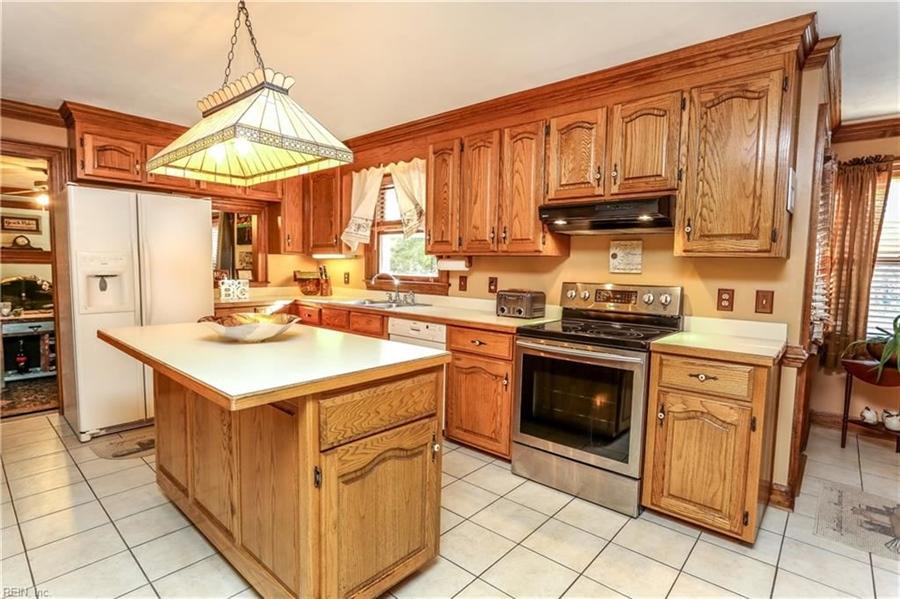 Real Estate Photography - 5732 Aura Dr, Virginia Beach, VA, 23457 - Location 26