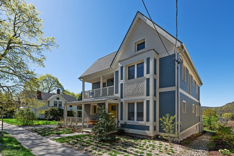 Real Estate Photography - 15 High St, Cold Spring, NY, 10516 - Side View