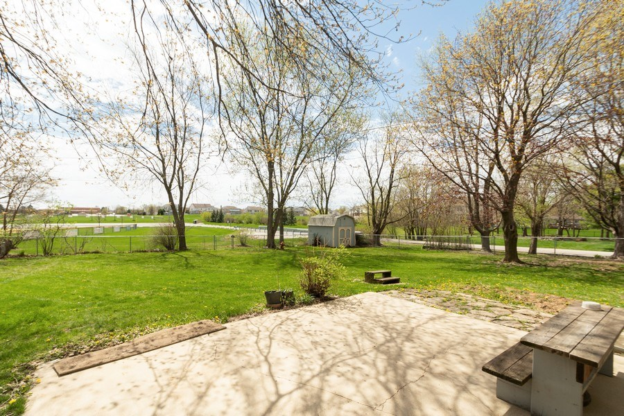 Real Estate Photography - 682 Charlotte Court, New Lenox, IL, 60451 - Patio