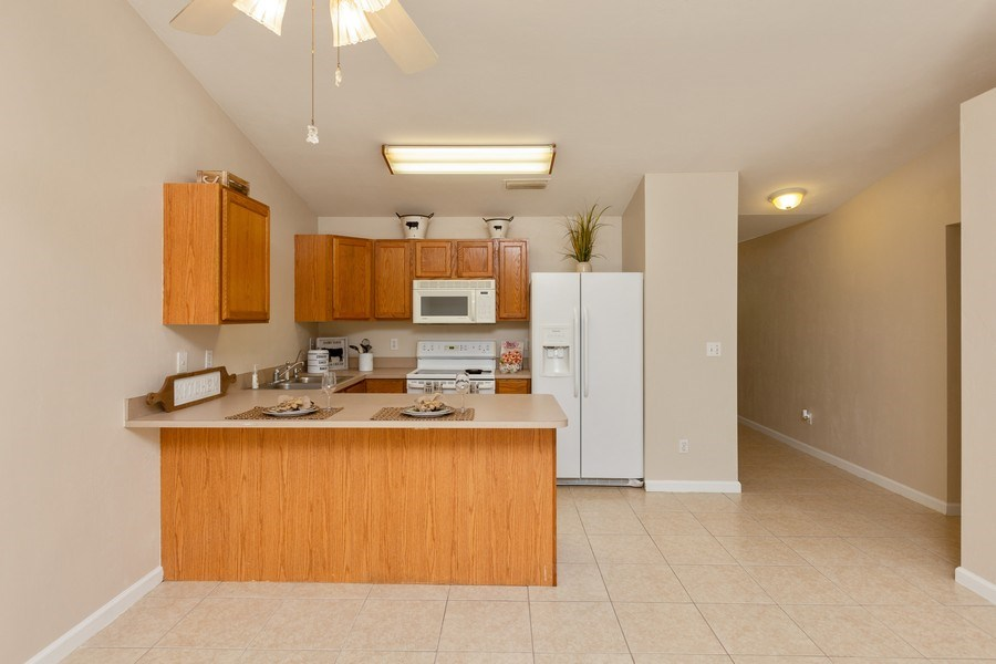Real Estate Photography - 6 Serenade Place, Palm Coast, FL, 32164 - Kitchen