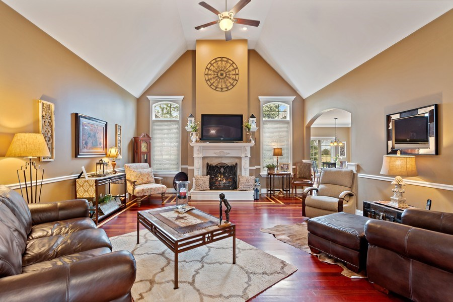 Real Estate Photography - 11650 Sapphire Ct, Frankfort, IL, 60423 - Family Room