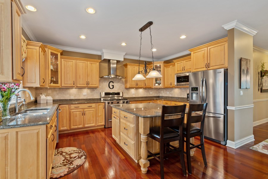 Real Estate Photography - 11650 Sapphire Ct, Frankfort, IL, 60423 - Kitchen