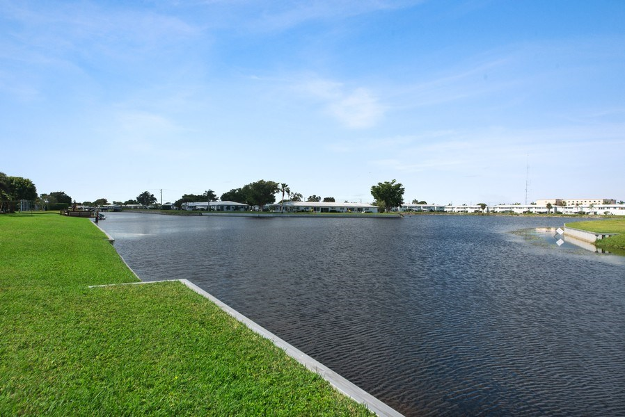 Real Estate Photography - 133 NW 14th St, Boynton Beach, FL, 33426 - Ocean View