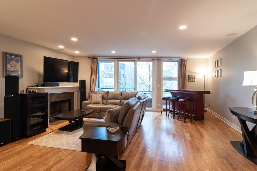 Real Estate Photography - 1506 W Grand Ave, 2E, Chicago, IL, 60642 - Living Room