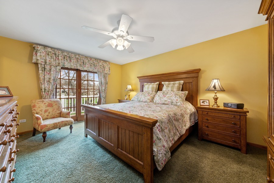 Real Estate Photography - 10S320 Jamie Ln, Willowbrook, IL, 60527 - Master Bedroom
