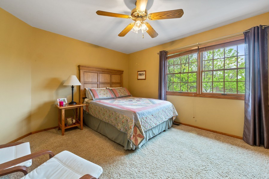Real Estate Photography - 10S320 Jamie Ln, Willowbrook, IL, 60527 - 2nd Bedroom