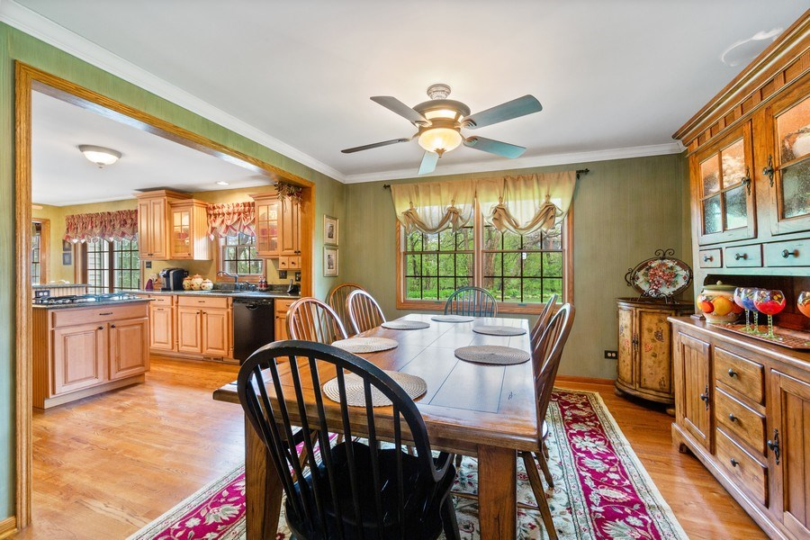 Real Estate Photography - 10S320 Jamie Ln, Willowbrook, IL, 60527 - Dining Room
