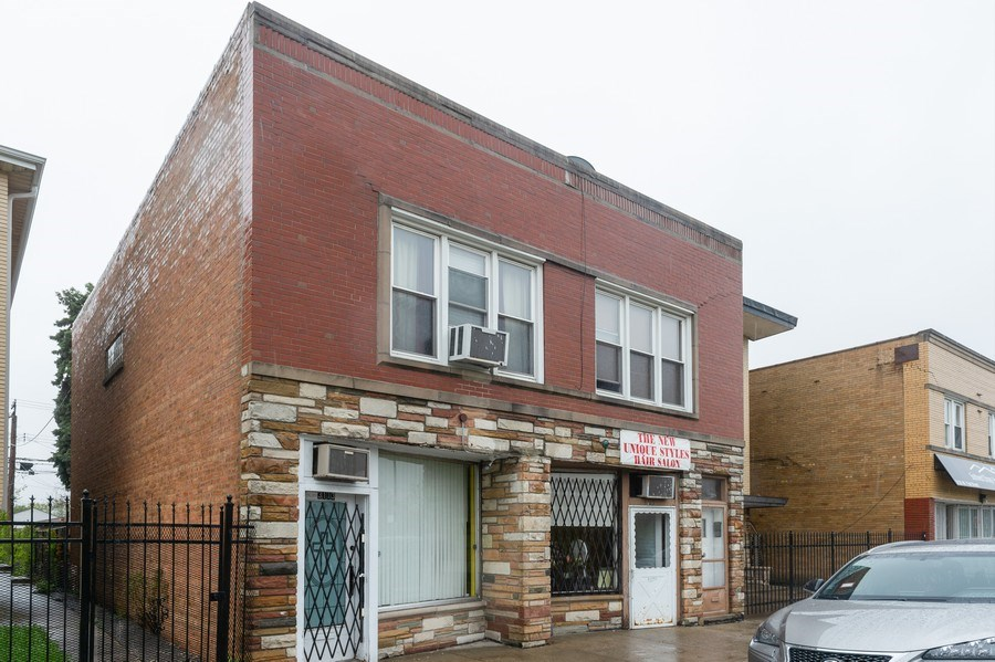 Real Estate Photography - 3115 W 71st St, Chicago, IL, 60629 - Front View