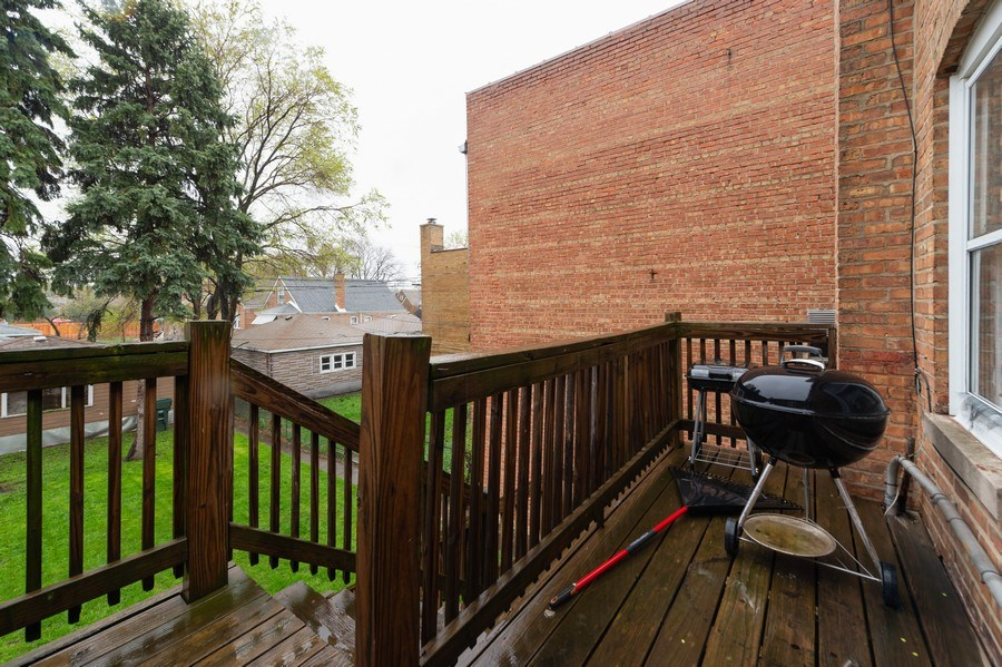Real Estate Photography - 3115 W 71st St, Chicago, IL, 60629 - Deck