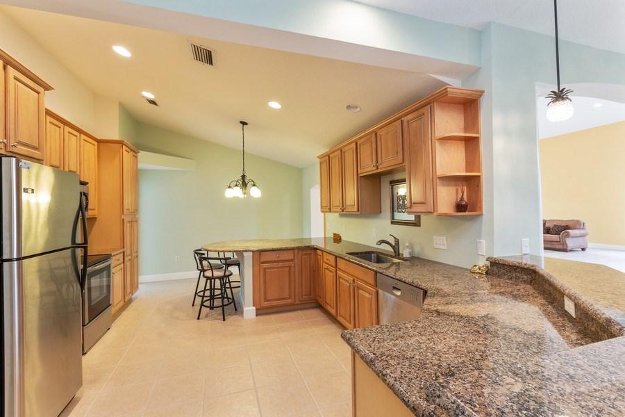 Real Estate Photography - 12 Remington Road, Ormond Beach, FL, 32174 - Kitchen