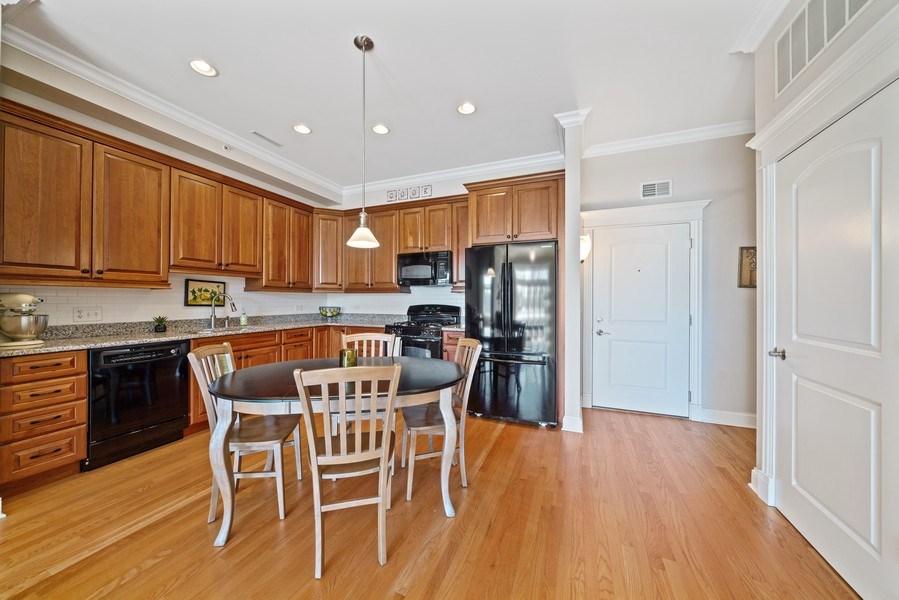 Real Estate Photography - 1021 Peterson, Unit 306, Park Ridge, IL, 60068 - Kitchen / Breakfast Room