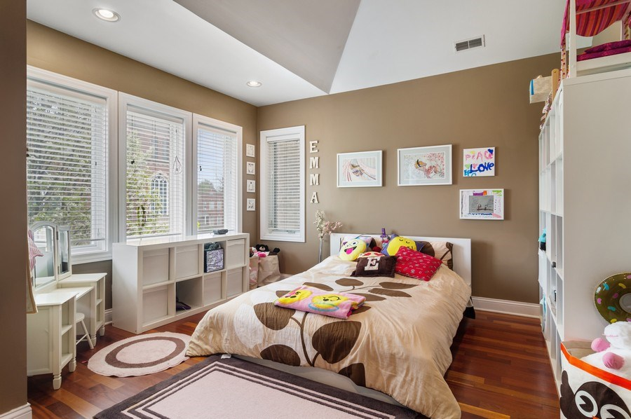 Real Estate Photography - 2606 N Kimball Ave, Chicago, IL, 60647 - 2nd Bedroom