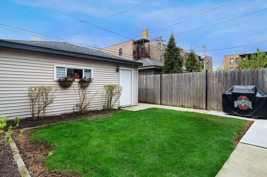 Real Estate Photography - 2606 N Kimball Ave, Chicago, IL, 60647 - Back Yard