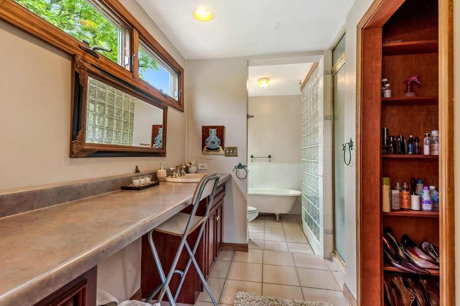 Real Estate Photography - 102 N Hubbard, Algonquin, IL, 60102 - Master Bathroom