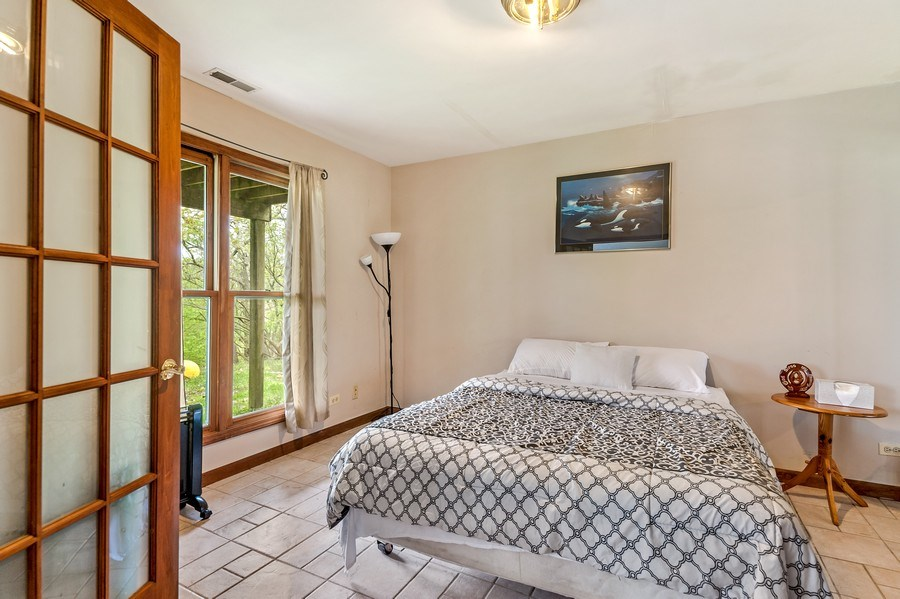 Real Estate Photography - 102 N Hubbard, Algonquin, IL, 60102 - Guest Bedroom