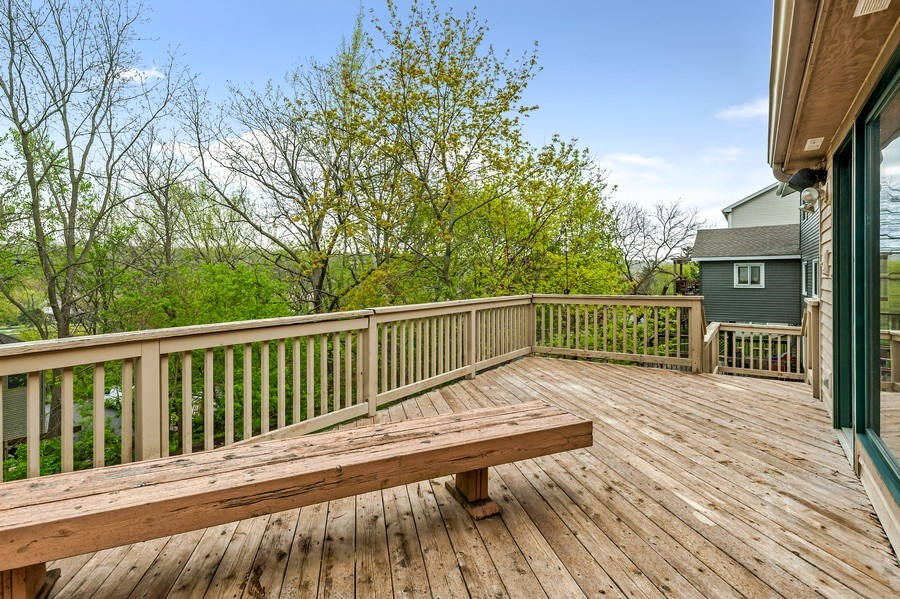 Real Estate Photography - 102 N Hubbard, Algonquin, IL, 60102 - Deck