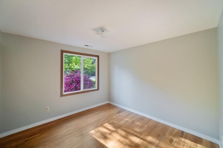 Real Estate Photography - 18552 Edgewood Court, Lake Oswego, OR, 97035 - 2nd Bedroom