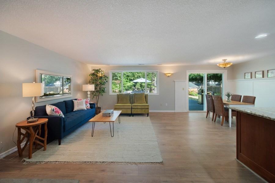 Real Estate Photography - 18552 Edgewood Court, Lake Oswego, OR, 97035 - Living Room