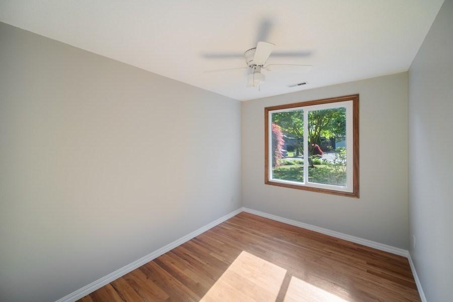 Real Estate Photography - 18552 Edgewood Court, Lake Oswego, OR, 97035 - Bedroom