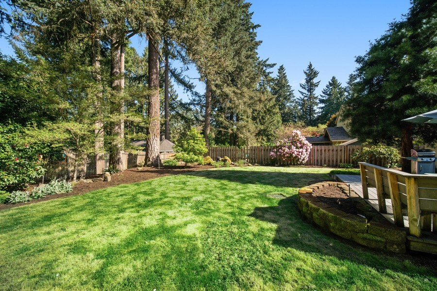 Real Estate Photography - 18552 Edgewood Court, Lake Oswego, OR, 97035 - Rear View