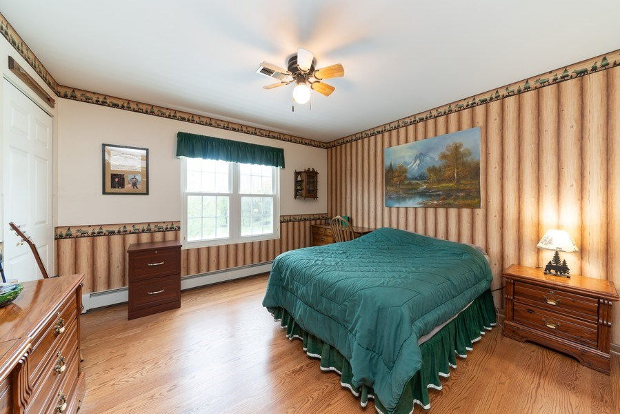 Real Estate Photography - 0S143 Rowe Rd, Elbur, IL, 60119 - 2nd Bedroom