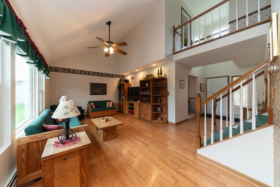 Real Estate Photography - 0S143 Rowe Rd, Elbur, IL, 60119 - Family Room