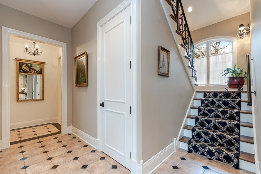 Real Estate Photography - 1027 S Butternut Cir, Frankfort, IL, 60423 - Staircase
